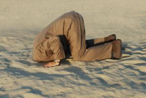 Kopf in den Sand